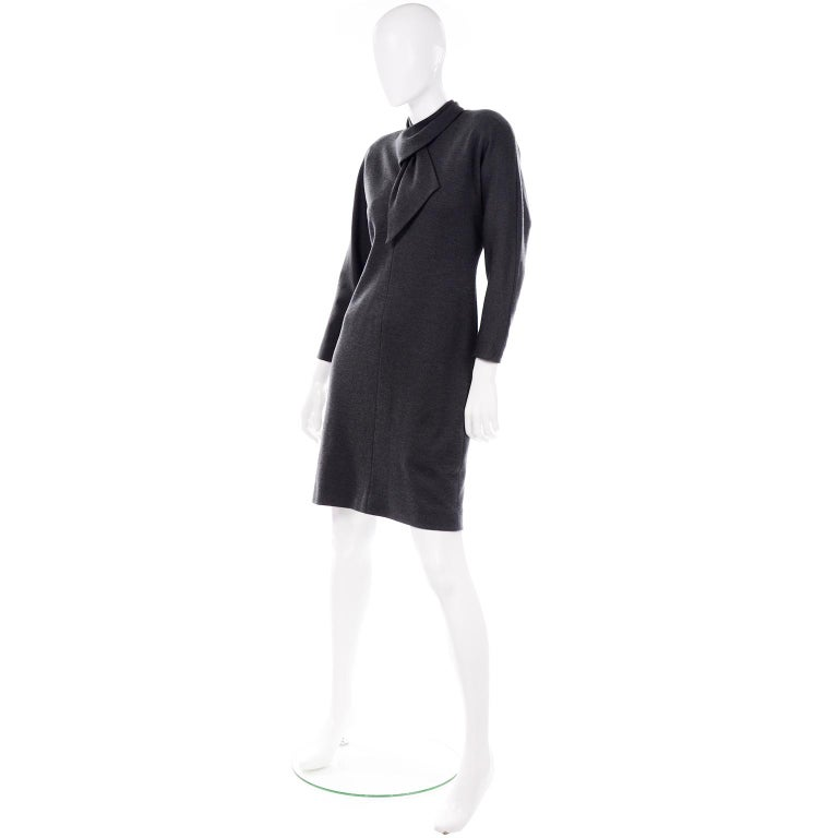 William Travilla Vintage 1970s Charcoal Gray Wool Blend Day Dress w Scarf Tie For Sale 3
