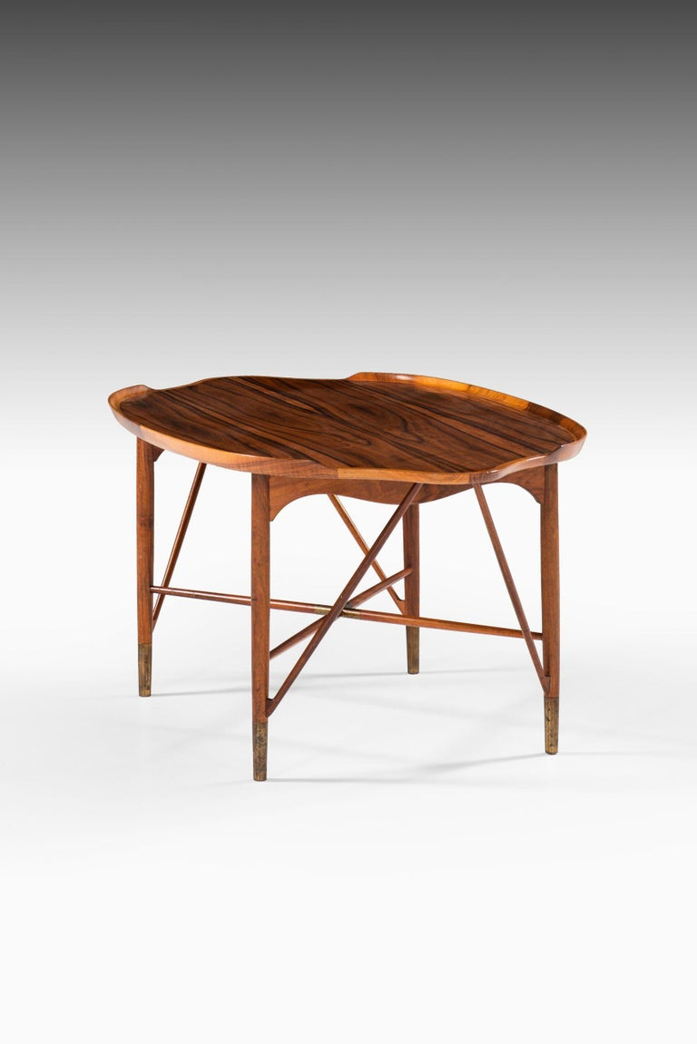 William Watting Coffee Table Produced by Cabinetmaker Michael Laursen in Denmark In Good Condition For Sale In Malmo, SE