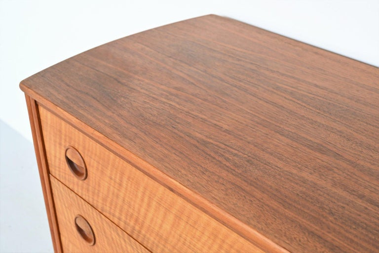 William Watting Walnut Chest of Drawers Fristho Franeker The Netherlands, 1960 For Sale 3