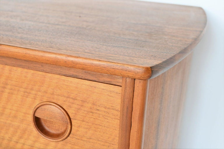 William Watting Walnut Chest of Drawers Fristho Franeker The Netherlands, 1960 For Sale 2