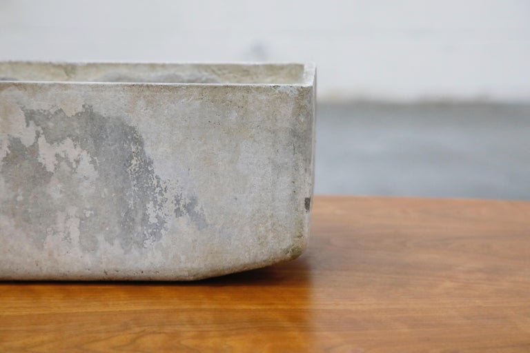 Willy Guhl for Eternit Extra-Long Rectangle Concrete Outdoor Planter, circa 1968 In Good Condition For Sale In Los Angeles, CA