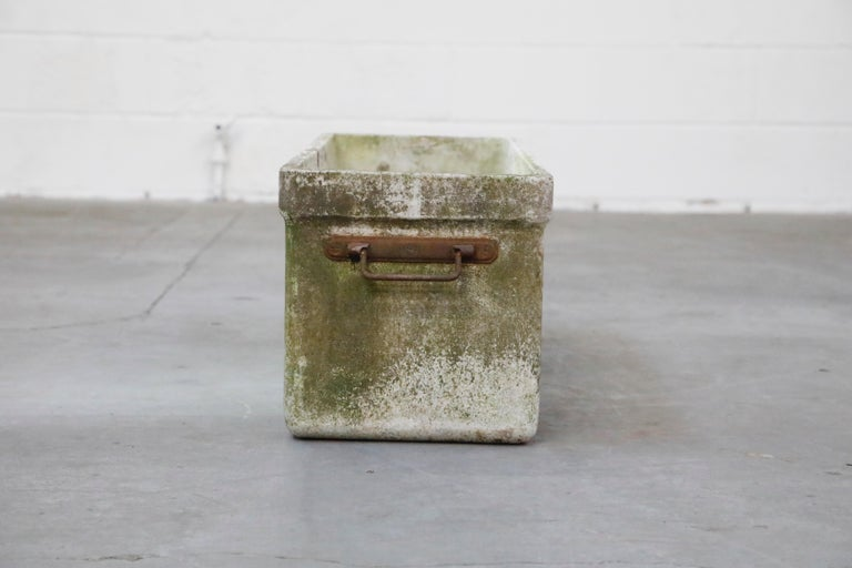 Concrete Willy Guhl for Eternit Large Rectangular Planter with Handles, circa 1968 For Sale