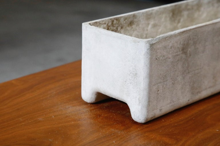 Willy Guhl for Eternit Rectangle Concrete Outdoor Planter, 1970s, Signed In Good Condition For Sale In Los Angeles, CA