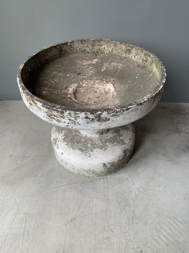 Willy Guhl Fountain In Good Condition For Sale In Los Angeles, CA