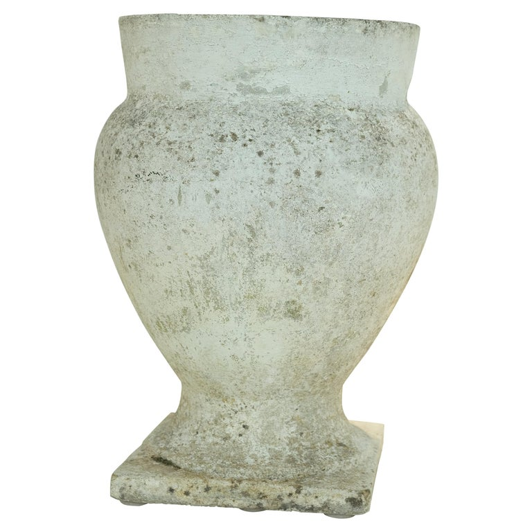 Urn in the style of Willy Guhl, 1960