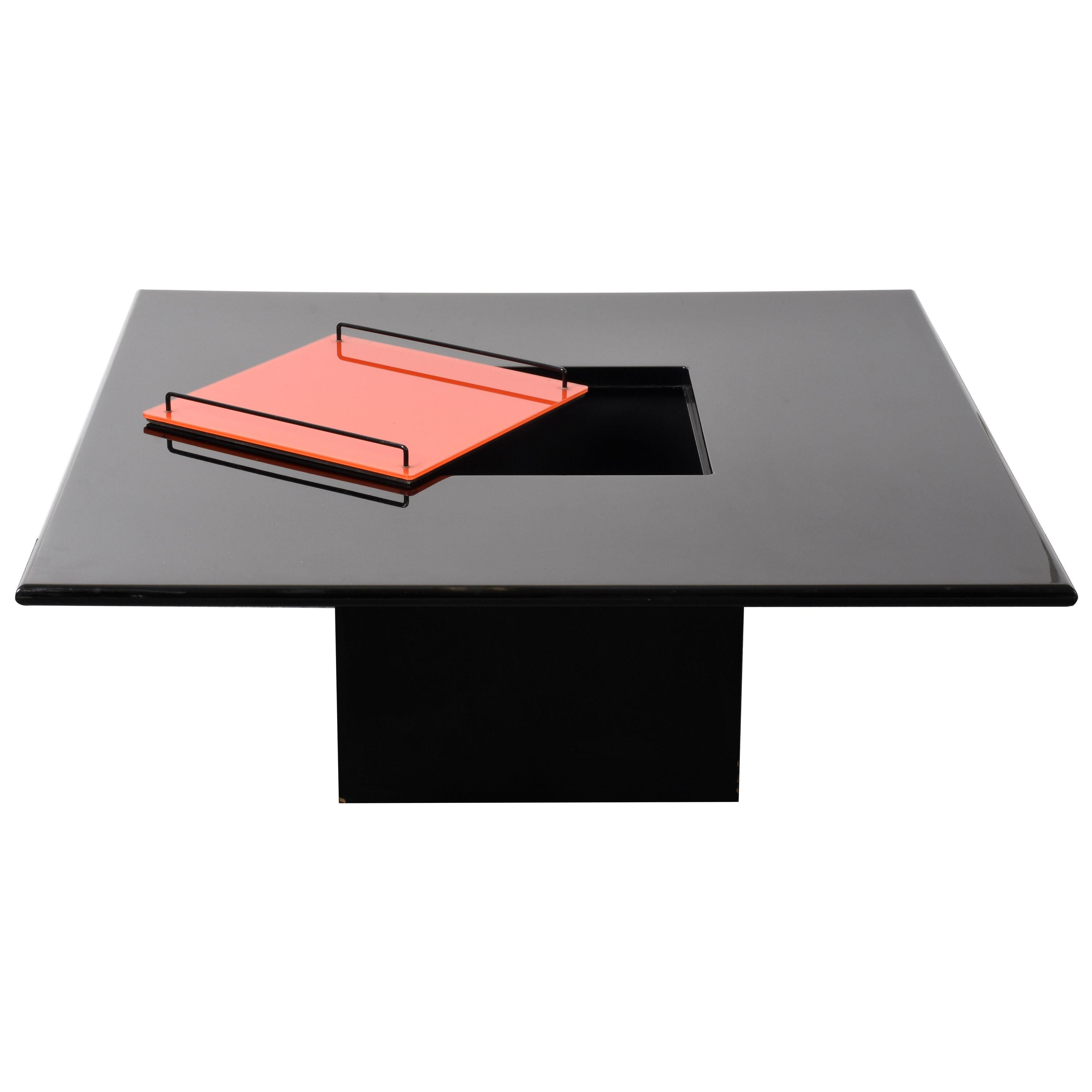 Willy Rizzo Black Lacquered Wood Italian Coffee Table with Bar and Tray, 1970s