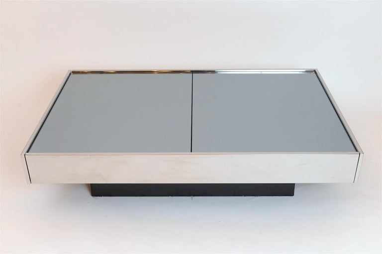 Late 20th Century Willy Rizzo Mirrored Bar / Table, circa 1970 For Sale