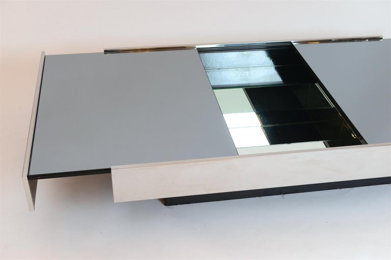 Willy Rizzo Mirrored Bar / Table, circa 1970 For Sale 2