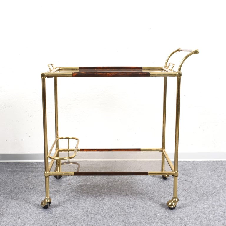 Willy Rizzo Trolley with Service Tray Brass and Lucite Tortoise, Italy, 1980s In Good Condition For Sale In Roma, IT