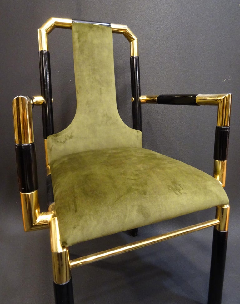 Willy Rizzo Workshop Pair of Armchairs, Green Velvet and Black Lacquered Wood For Sale 1