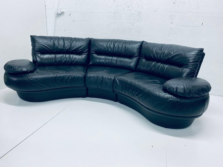 Wilma Salotti Postmodern Black Leather Rounded Back Sectional Sofa, Italy, 1980s For Sale 7