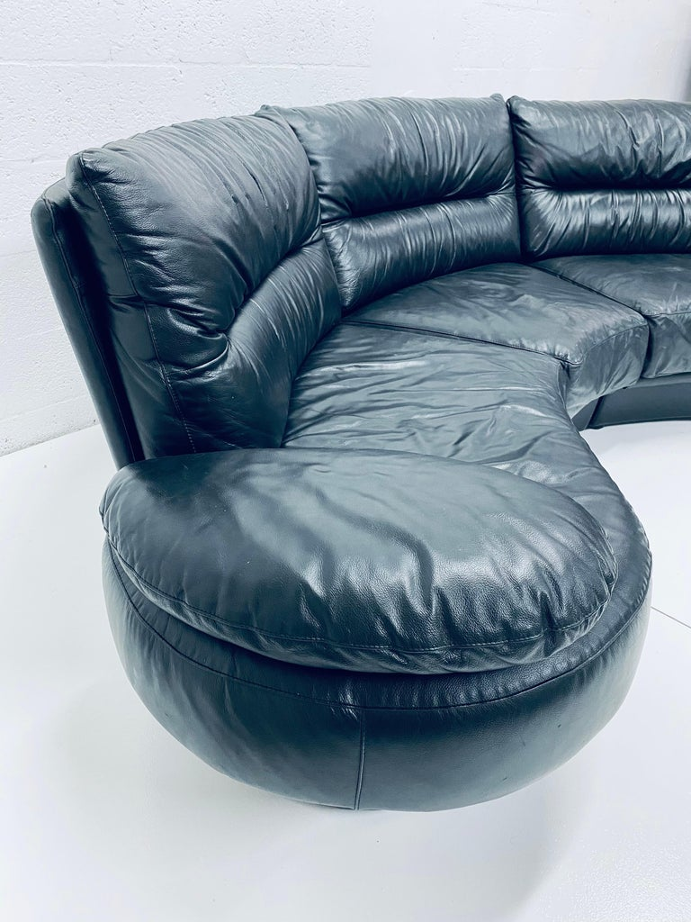 Italian Wilma Salotti Postmodern Black Leather Rounded Back Sectional Sofa, Italy, 1980s For Sale