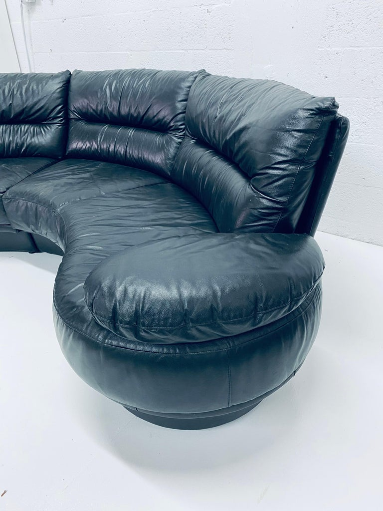 Wilma Salotti Postmodern Black Leather Rounded Back Sectional Sofa, Italy, 1980s In Good Condition For Sale In Miami, FL