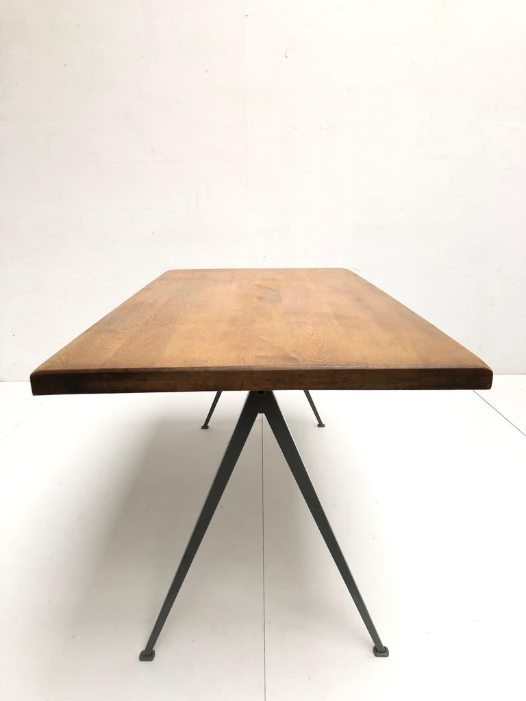 Wim Rietveld 1st Edition Oak Top 'Pyramid' Compass Table Ahrend the Cirkel 1959 For Sale 4
