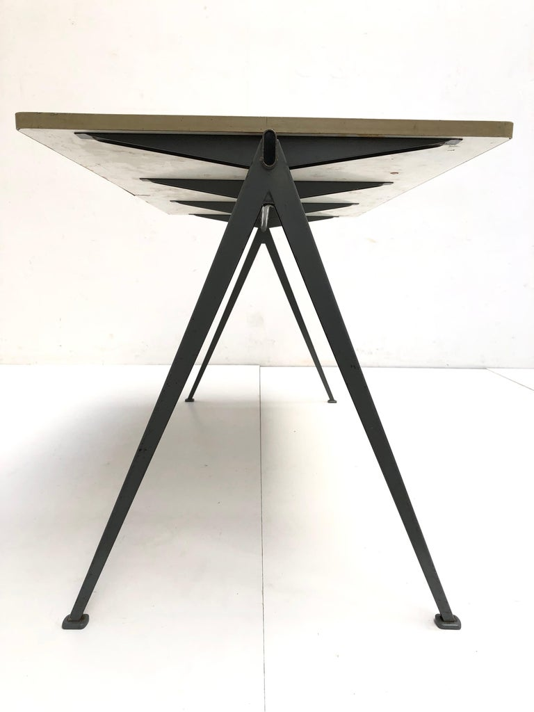 Wim Rietveld 1st Edition Oak Top 'Pyramid' Compass Table Ahrend the Cirkel 1959 For Sale 6