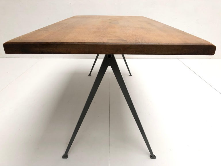 Wim Rietveld 1st Edition Oak Top 'Pyramid' Compass Table Ahrend the Cirkel 1959 For Sale 1