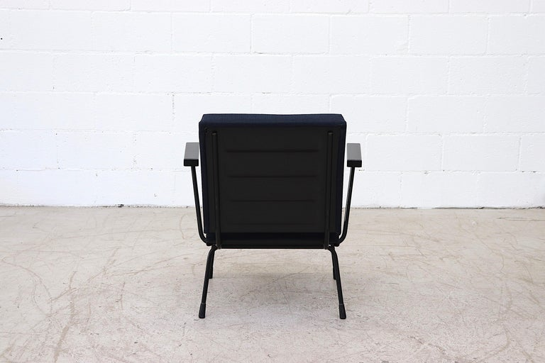 Wim Rietveld Model 1401 Lounge Chair for Gispen In Good Condition For Sale In Los Angeles, CA