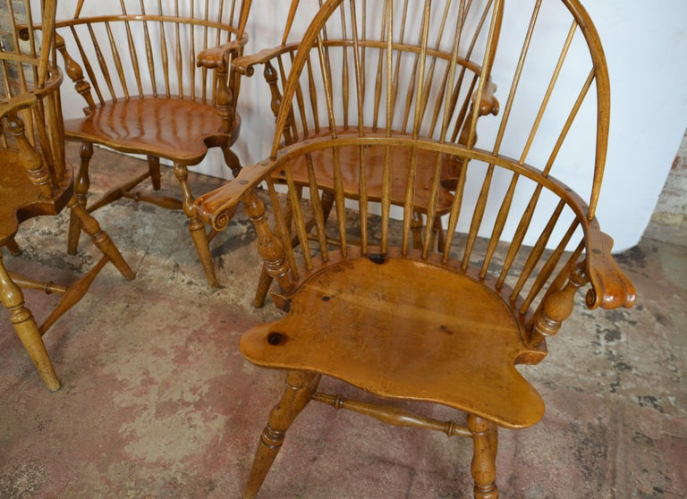 American Windsor Chairs  by  Rennick Furniture  For Sale