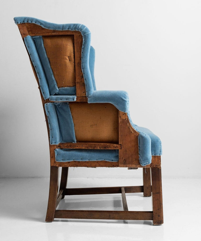 Wing Armchair in 100% Mohair Velvet In Good Condition For Sale In Culver City, CA
