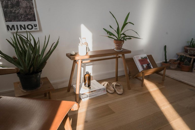 Wing Stand by Sun at Six, Nude: Minimalist Stool / Bench / Side Table in Wood In New Condition In San Jose, CA