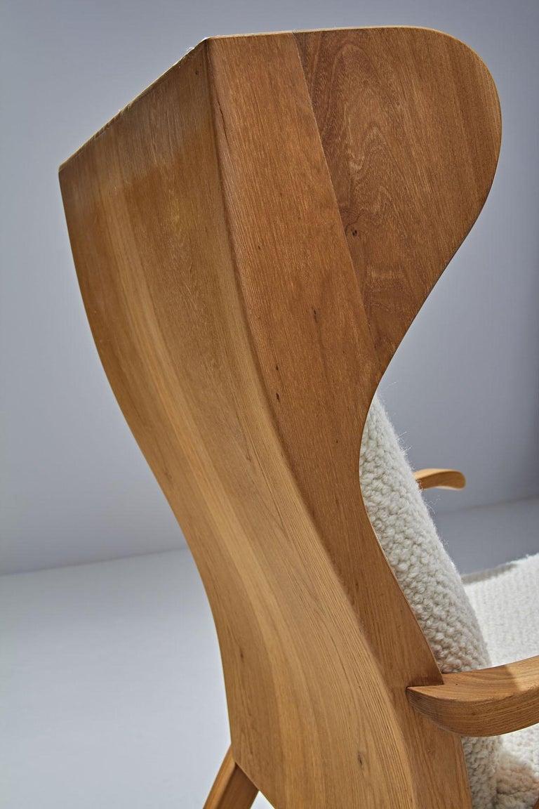 Elm 'Wingback' Chair by Danish Cabinetmaker Søren Willadsen, Denmark, 1960s For Sale