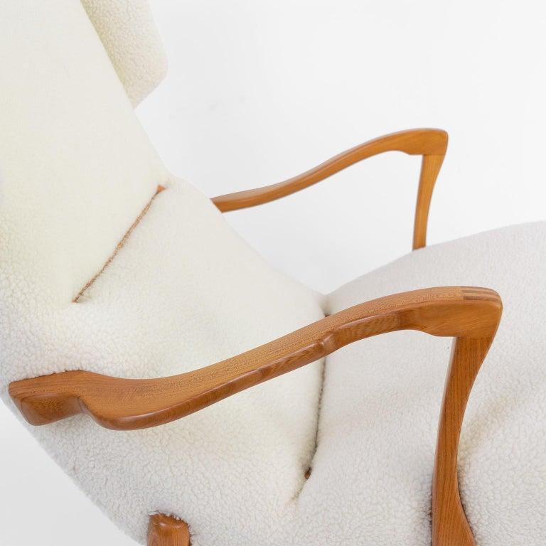 Winged Back Scandinavian Modern Lounge Chair in Faux Sheepskin Fabric 4