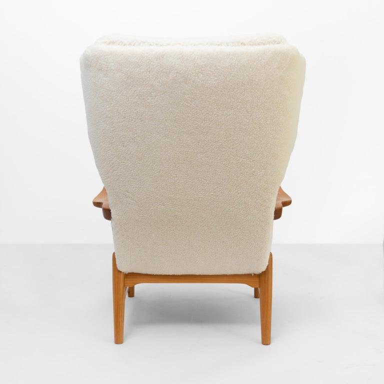 20th Century Winged Back Scandinavian Modern Lounge Chair in Faux Sheepskin Fabric