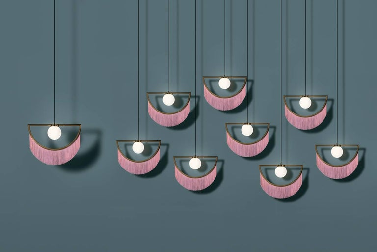 Wink Gold-Plated Pendant Lamp with Pink Fringes In New Condition For Sale In Firenze, IT