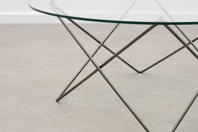 Wire and Glass Round Coffee Table 80s In Good Condition For Sale In Amstenrade, NL