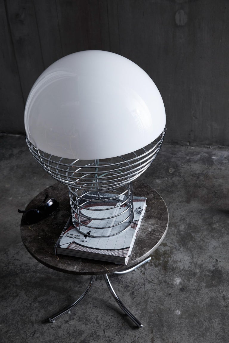 Danish Wire Small Table Lamp in White by Verner Panton For Sale