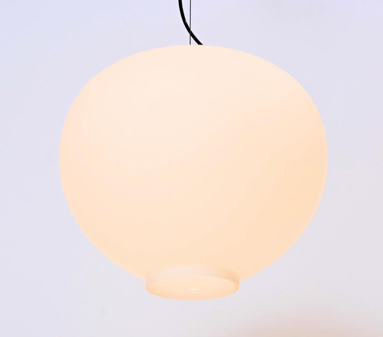 Wire-Suspended Opaline Glass Ceiling Pendant by Stilnovo, Italy, circa 1955 In Good Condition For Sale In London, GB