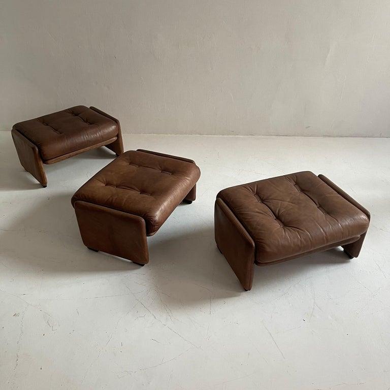 Wittmann Atrium Patinated Leather Ottomans Set of Three, Austria, 1970s For Sale 4