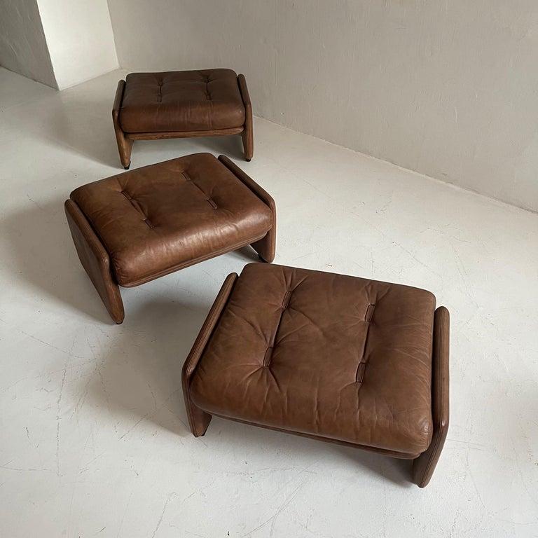 Wittmann Atrium Patinated Leather Ottomans Set of Three, Austria, 1970s For Sale 5