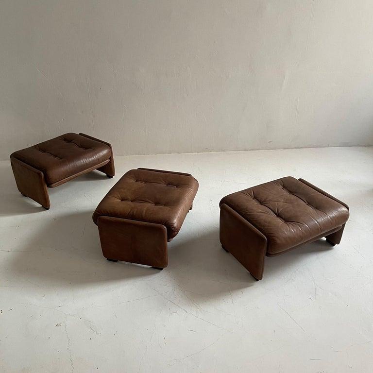 Wittmann Atrium Patinated Leather Ottomans Set of Three, Austria, 1970s For Sale 6