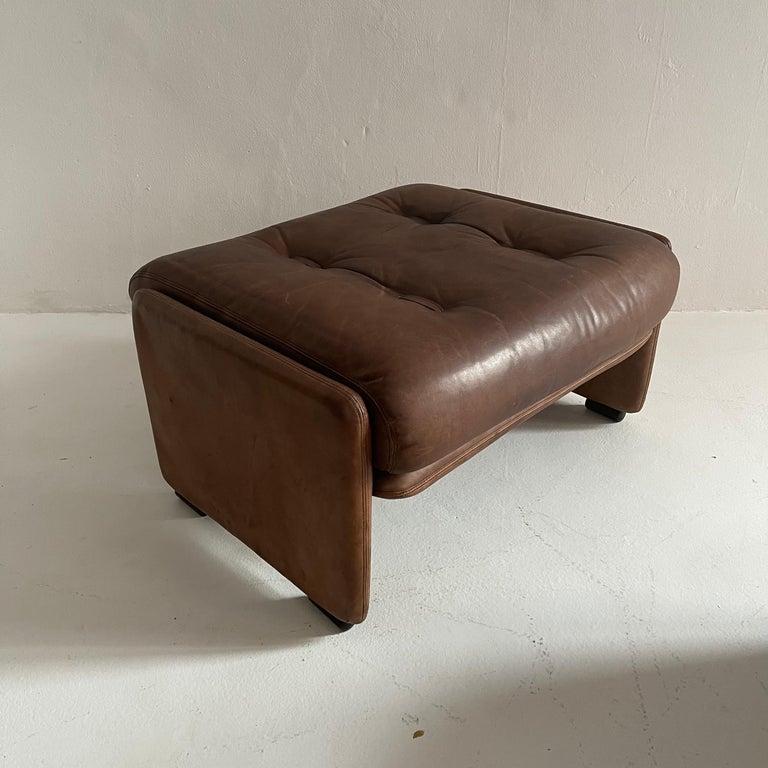 Wittmann Atrium Patinated Leather Ottomans Set of Three, Austria, 1970s For Sale 9