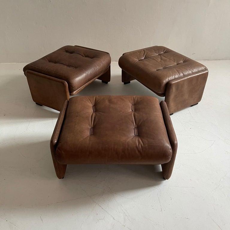 Wittmann Atrium Patinated Leather Ottomans Set of Three, Austria, 1970s For Sale 3