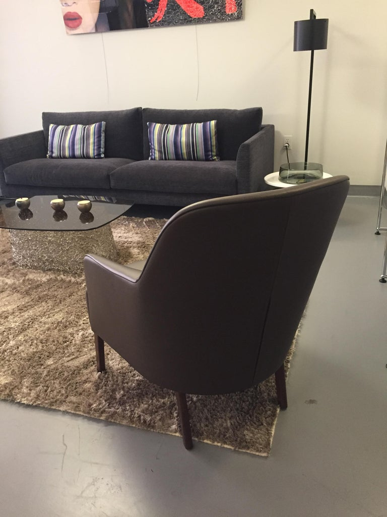 Wittmann Mono Brown Leather Lounge Armchair In Excellent Condition For Sale In New York, NY
