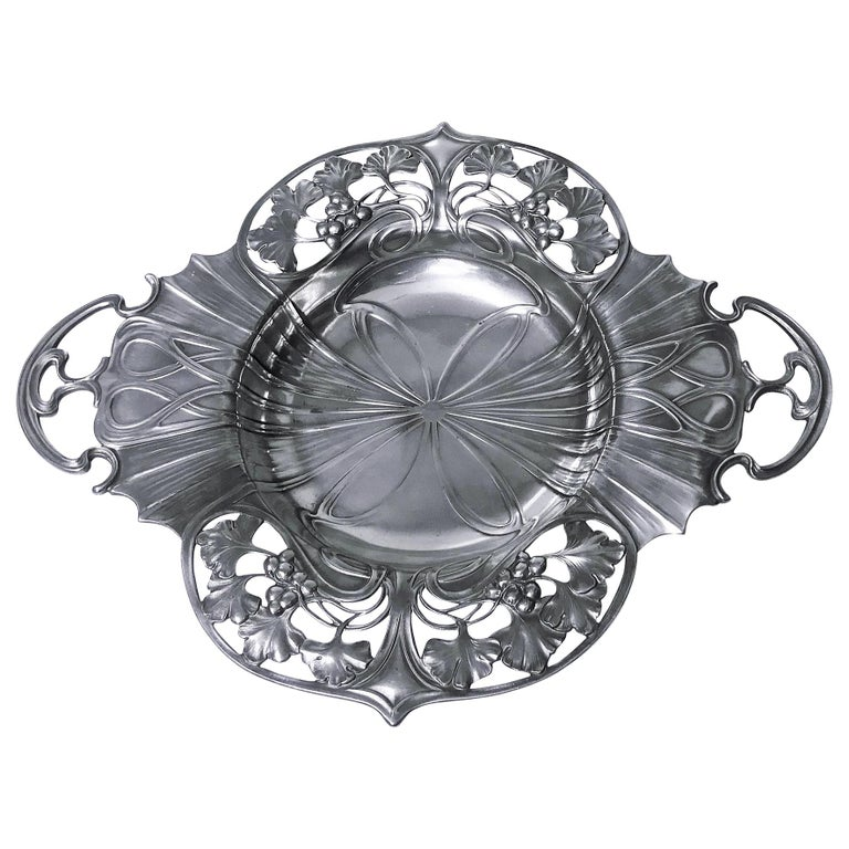 WMF Art Nouveau Pewter Two Handled Dish Bowl, Germany, circa 1900 For Sale