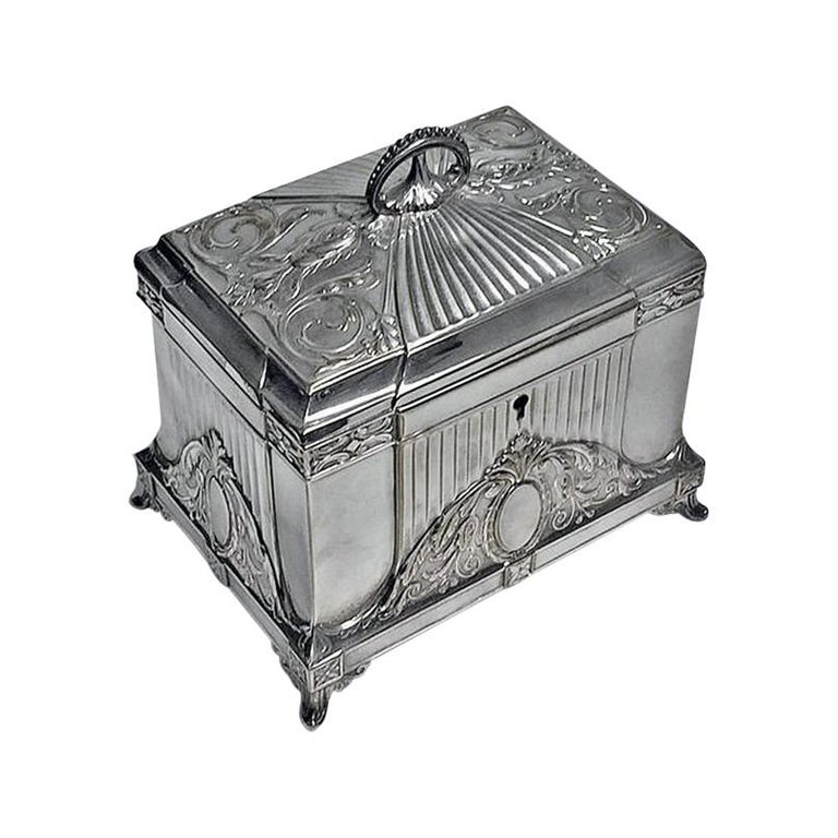 WMF Jewellery Box Jugendstil Secessionist Silver Plate, Germany, circa 1900 For Sale
