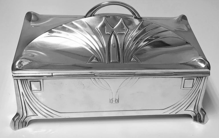 WMF Jugendstil Secessionist Silver plate  Box, Germany In Good Condition For Sale In Toronto, ON