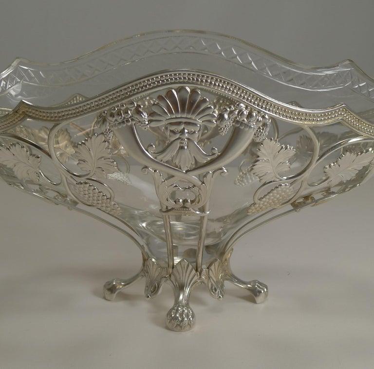 German WMF Silver Plated Centrepiece / Bowl, Original Crystal Liner, circa 1900 For Sale