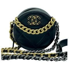 WOMENS DESIGNER Chanel 19 Round Clutch on Chain