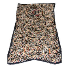 Womens Designer - CHANEL Cashmere Scarf - Metier D'Arts Collection 2020