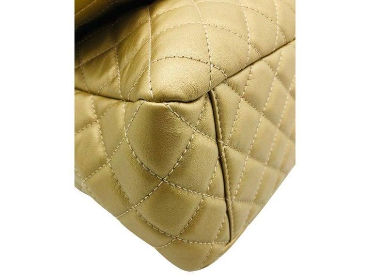 Women's or Men's Women's Designer Chanel Classic XXL Travel Flap Bag For Sale