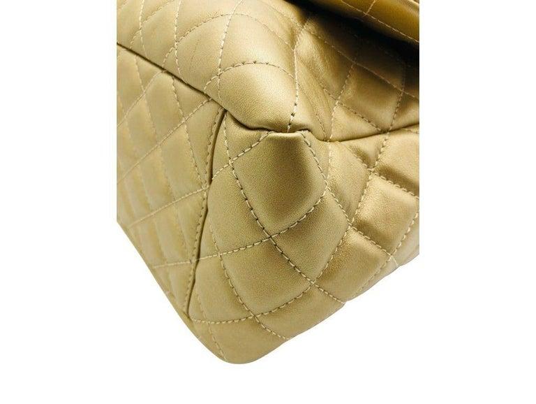 Women's Designer Chanel Classic XXL Travel Flap Bag For Sale 1