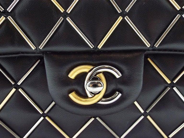 WOMENS DESIGNER Chanel Embellished Flap Bag – Medium For Sale 1