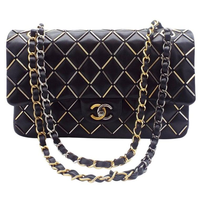WOMENS DESIGNER Chanel Embellished Flap Bag – Medium For Sale