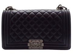WOMENS DESIGNER Chanel Medium Boy Bag