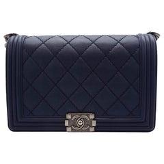 WOMENS DESIGNER Chanel New Medium Size Boy Bag