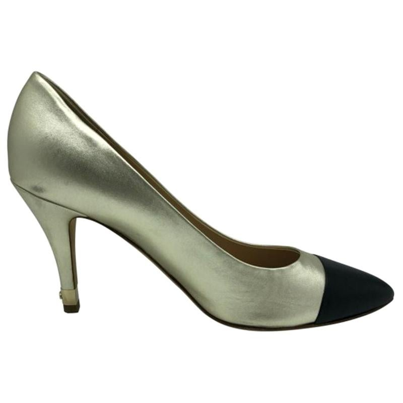 Womens Designer Chanel Pointed Heeled Shoe